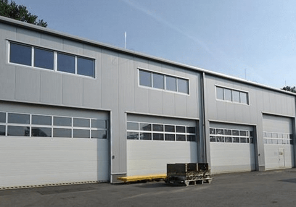 XZB výrobní a skladová hala